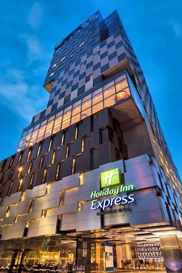 HIEX BKK - Building Exterior
