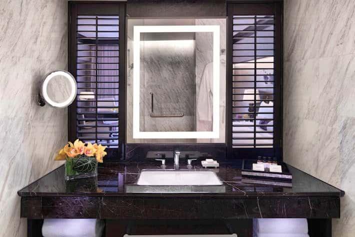 Fairmont Premier Bathroom