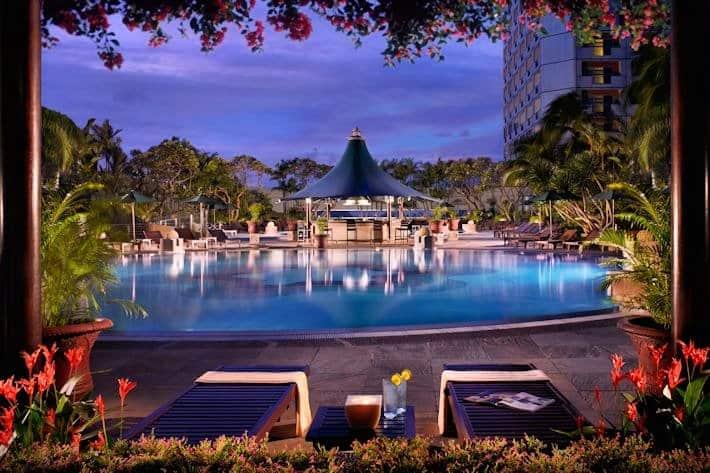 Fairmont Singapore Pool